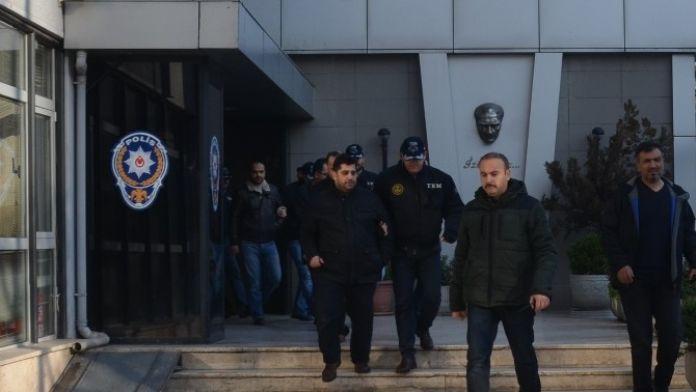 Bursa'da Paralel Yapı Şüphelileri Adliyeye Sevk Edildi