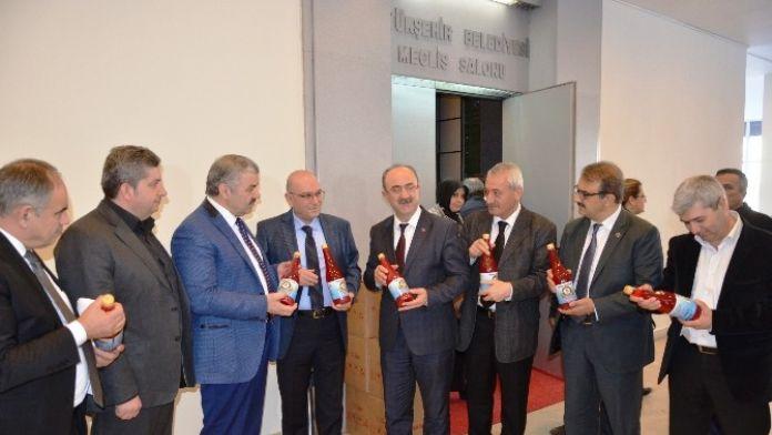 Bünyan Belediyesi Gilaburunun Çayını Yapıyor