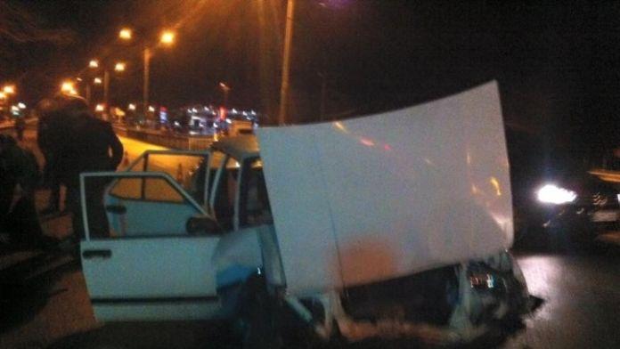 D-100 Karayolu'nda Zincirleme Trafik Kazası: 4 Yaralı