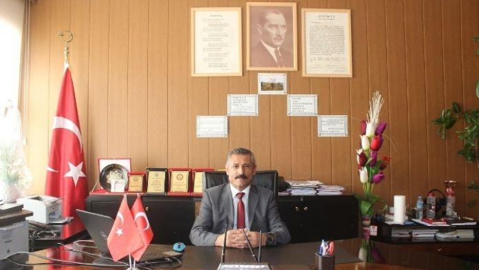 İlçe Milli Eğitim Müdürü Yusuf Alçık'tan Öğretmen Ve Öğrencilere Başarı Dileği