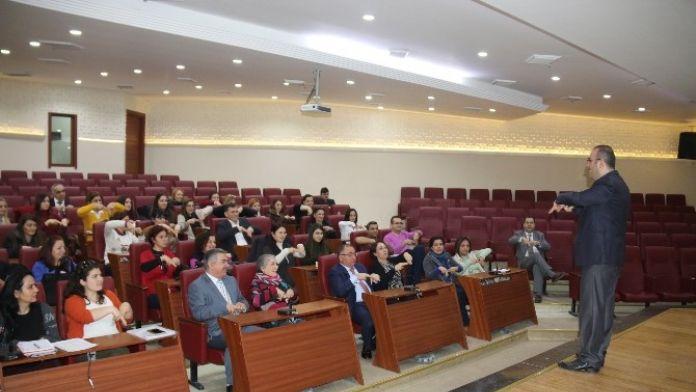 Yalova Belediyesi Personeline İşaret Dili Eğitimi