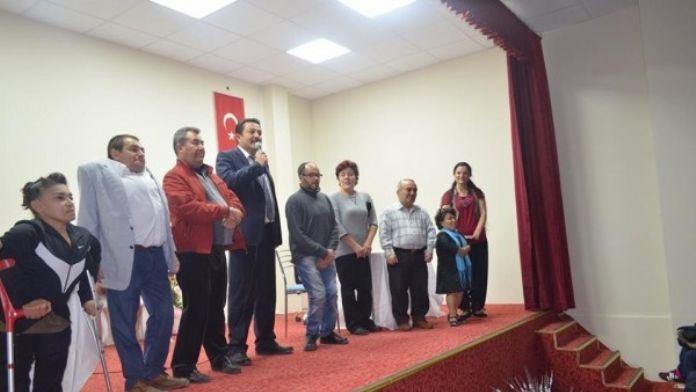 'Harbi Sakat Muhabbetler' Mihalıççık'ta Sahnelendi