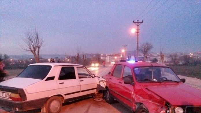 Kaza Yapan Sürücü Hem Ehliyetsiz Hem Alkollü Çıktı