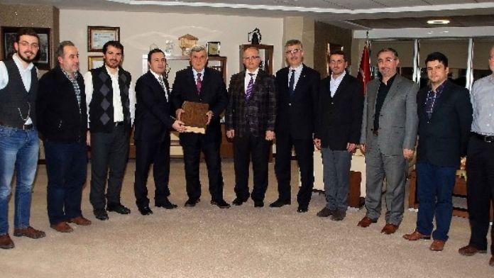 Başkan Karaosmanoğlu, 'Ashab-ı Suffa Anlayışını Örnek Almalıyız'
