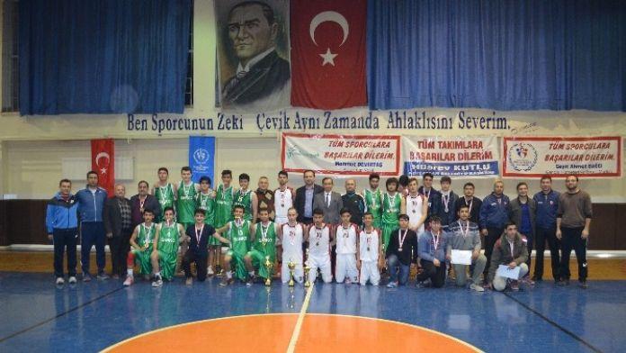 Basketbol'da Şampiyon Yamanspor Oldu