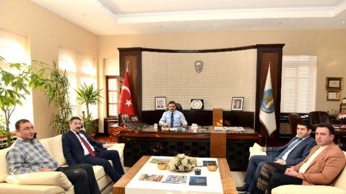 Bekiroğlu Ve Köy Muhtarları Derneği'nden Başkan Külcü'ye Ziyaret