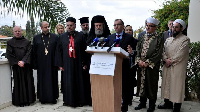 Liderler Kıbrıs'ta buluştu !