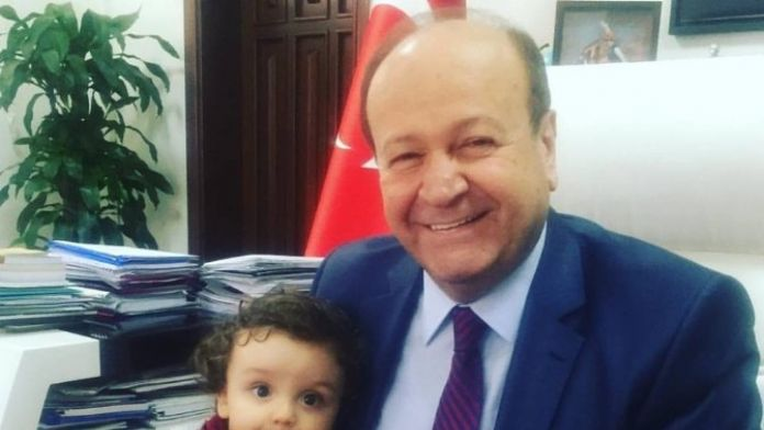 Başkan Özakcan'a Makamında Sürpriz Ziyaret