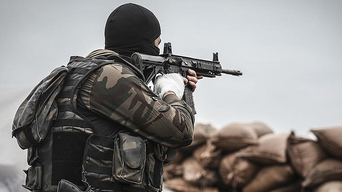 Diyarbakır'da hain saldırı : 3 şehit