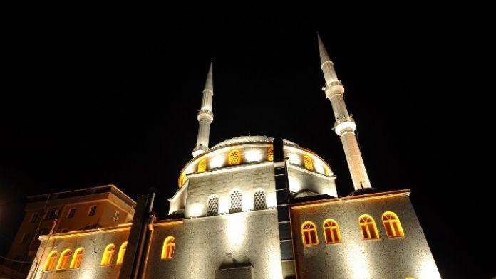 Pamukkale'de Camiler Aydınlatılacak
