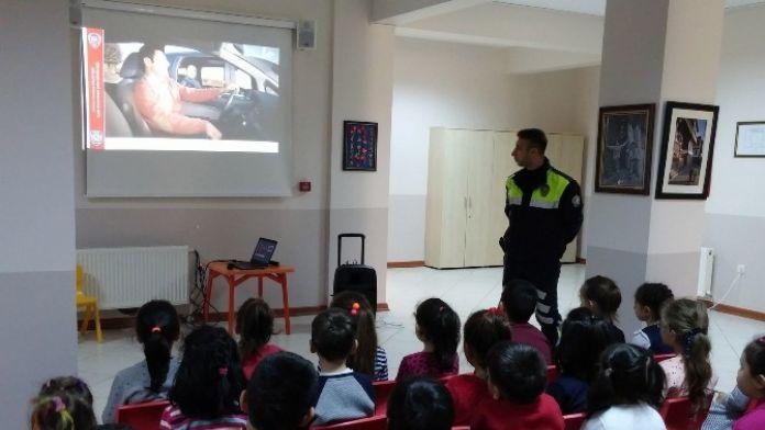 Kreş Öğrencilerine Trafik Dersi