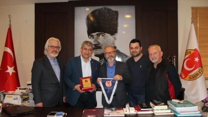 Aliv Başkanı Taşlıoğlu, Agc'yi Ziyaret Etti