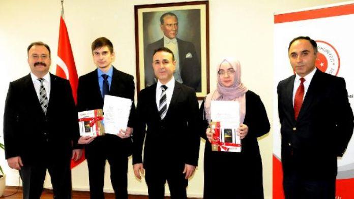 Başarılı öğrenciler Nürnberg Başkonsolosluğu'nda ödüllendirildi