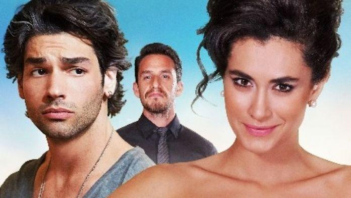 'Her Şey Aşktan' Sevgililer Günü'nde İzmirlilerle Buluşuyor