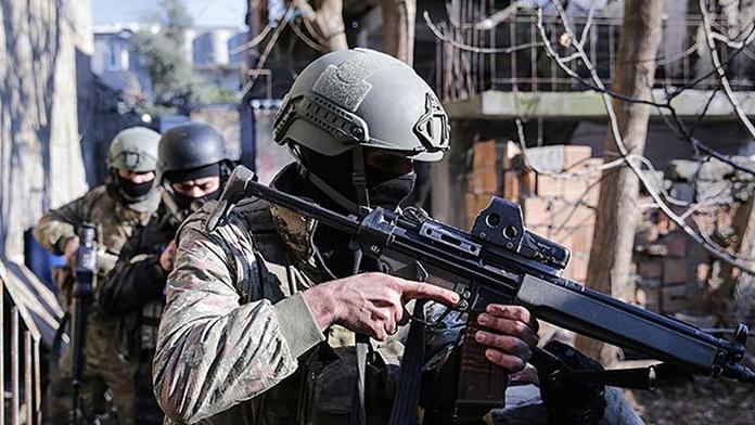 Cizre'de 13 terörist öldürüldü