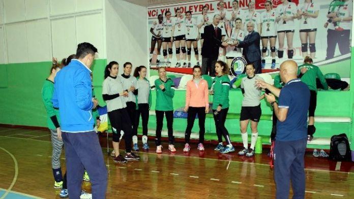 Salihli Belediyespor, Sarıyer'e Konuk Olacak