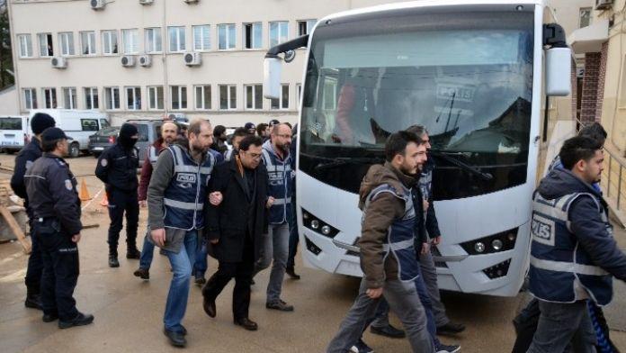 Bursa'da 'Paralel Yapı' Soruşturmasında 5 Kişi Tutuklandı