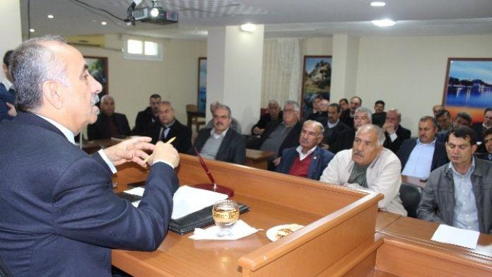 Belediye Başkanı Culha, Muhtarları Dinledi