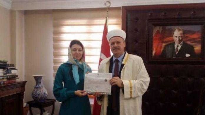 Ukraynalı Natallia Müslüman Oldu