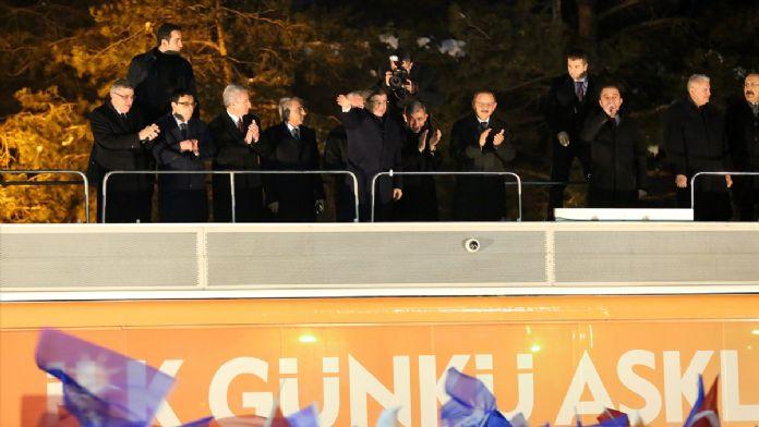 Başbakan Davutoğlu'ndan Ahıska Türklerine ziyaret