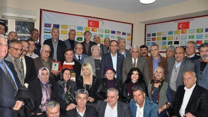 Tümer: 'Kardeşlik Duygularıyla Hareket Etmek Zorundayız'