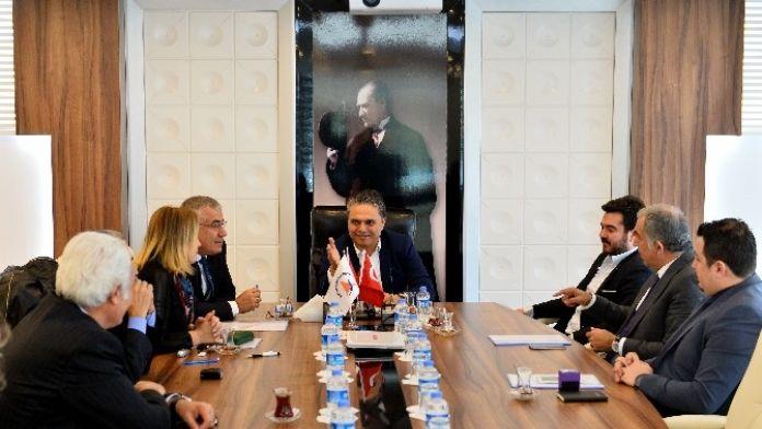 Muratpaşa Belediyesi'nden 'Boya' Protokolü