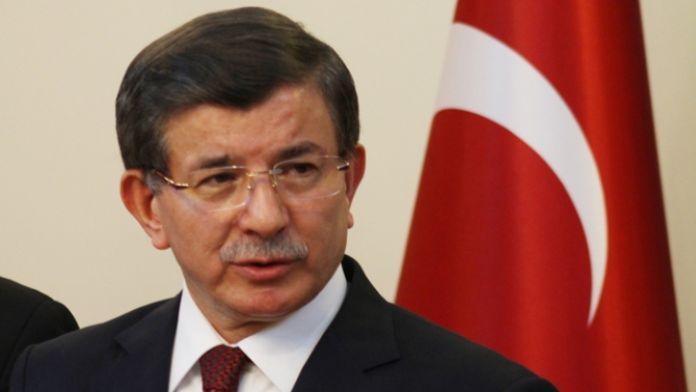 Başbakan Davutoğlu Ukrayna'ya gitti