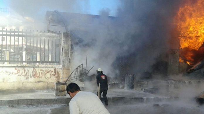 Rus uçakları hastane ve okulu vurdu