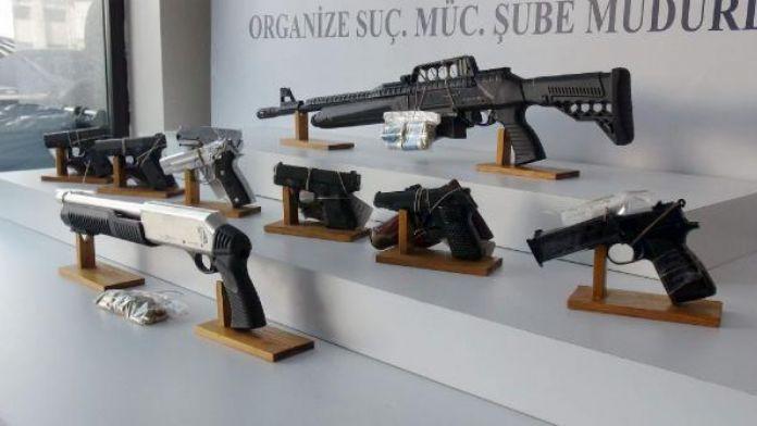 Organize suç örgütlerine operasyon çok sayıda gözaltı