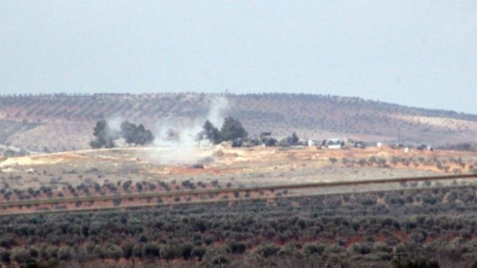 Obüsler PYD'yi vurmaya devam ediyor
