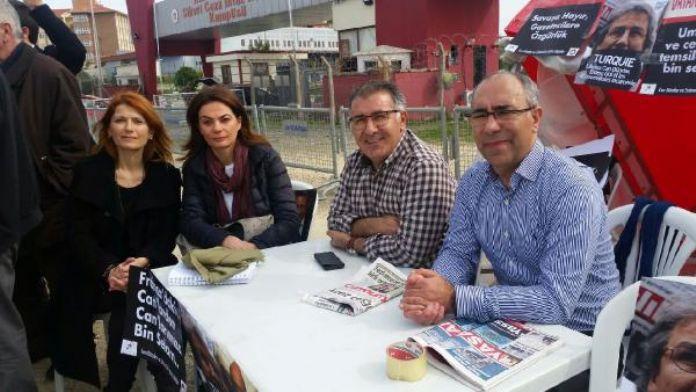 (FOTOĞRAF) Silivri'de 'Umut Nöbeti' devam ediyor...
