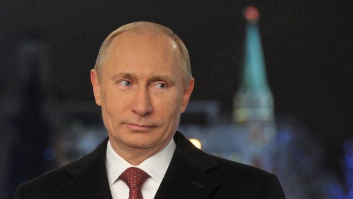 Maç sonunda Putin fotoğraflı tişört tepki çekti