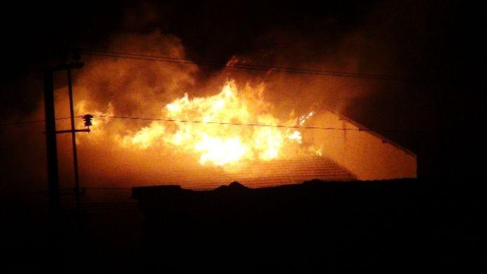 Nusaybin'de okulda yangın