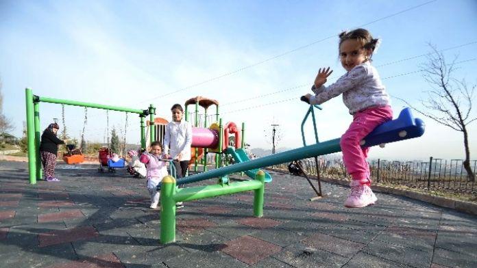 Sıcak Havayı Fırsat Bilen Pursaklar Halkı Parklara Koştu