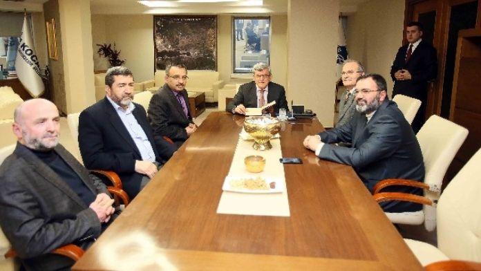 Başkan Karaosmanoğlu, Gebze İmam Hatip Lisesi İdarecilerini Ağırladı