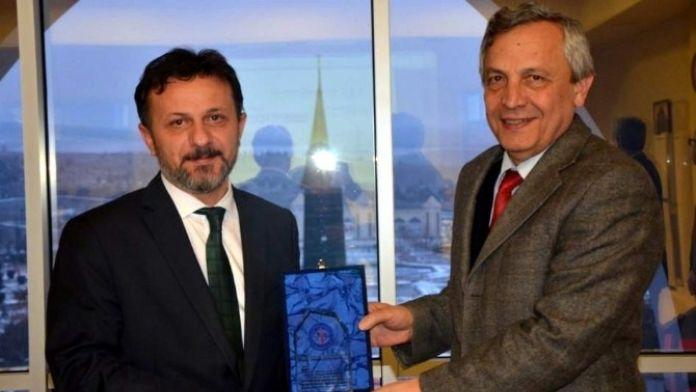 DP Rektör Yardımcısı Mehmet Tevfik Bayer Emekli Oldu