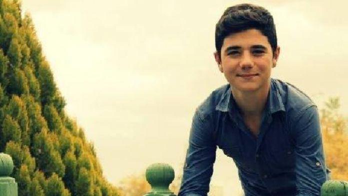 Parkta fenelaşan 17 yaşındaki öğrenci, öldü