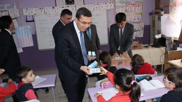 Çaycuma'da Öğrencilere Süt Dağıtıldı