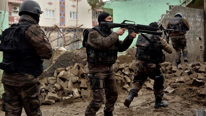 PKK'lıların yaşamı hiçe sayan saldırıları sürüyor
