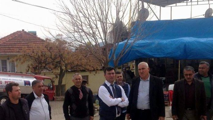 Germencik Belediye Başkanı Ümmet Akın, Sorunları Yerinde Dinliyor