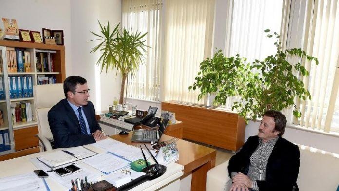 Ünlü Sanatçı Selami Şahin, Genel Sekreter Yardımcısı Ertan Mumcu'yu Ziyaret Etti