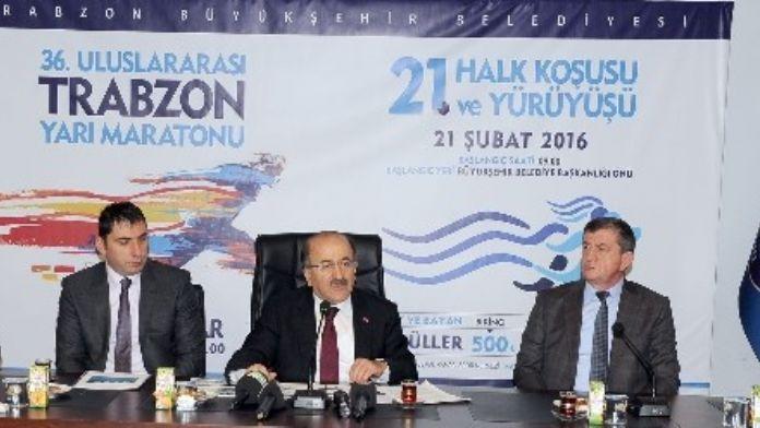 Trabzon'da Uluslararası Yarı Maraton Ve Halk Koşusu Heyecanı
