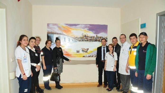 Hastane Duvarları Resimlerle Süslendi