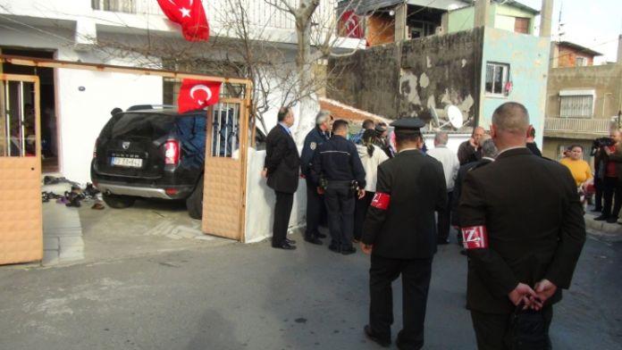 Diyarbakır'dan İzmir'e iki şehit ateşi daha düştü