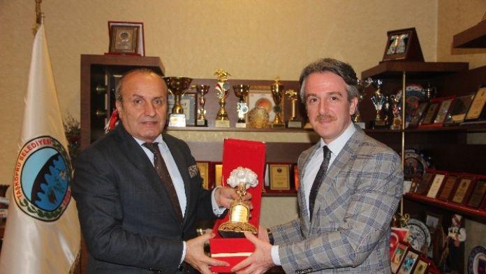 Milli Eğitim Müdürü Fırat'tan, Başkan Arslan'a Veda Ziyareti