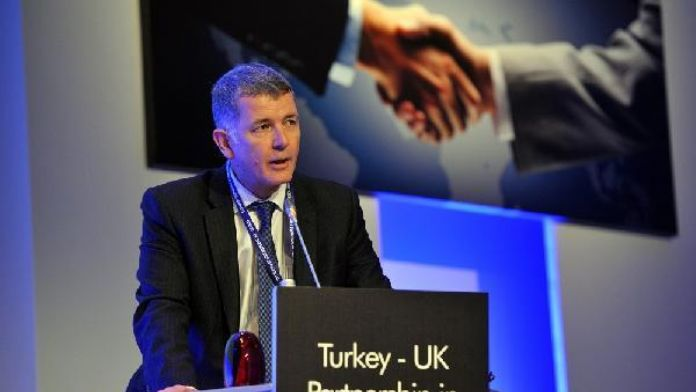 Moore: Sığınmacı krizi AB-Türkiye ilişkilerini canlandıracaksa asla heba etmeyelim