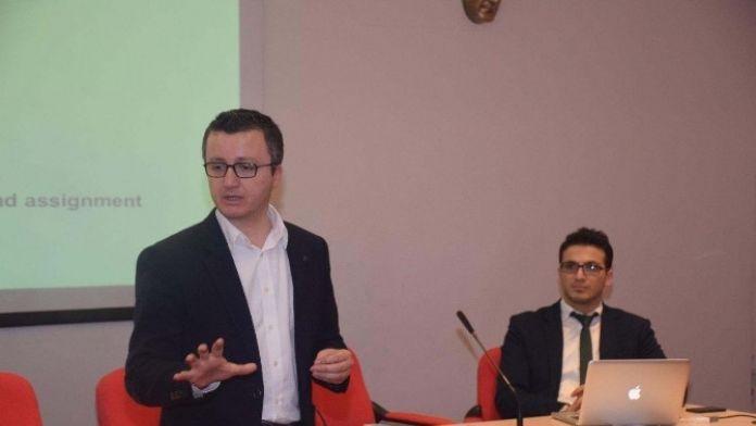 Yabancı Uyruklu Öğrencilere 'Bilim Etiği' Semineri Verildi