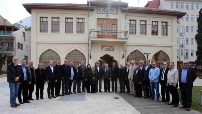 Başkan Karaosmanoğlu, 'Karamürsel'de Olmazsa Olmaz İşleri Yaptık'