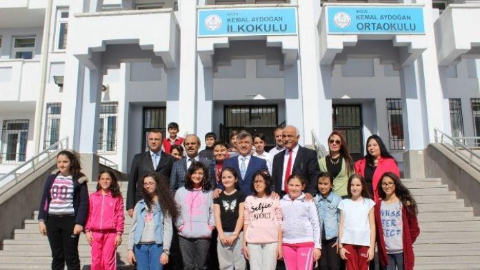 Niğde Belediye Başkanı Faruk Akdoğan, Kariyer Günlerinin Konuğu Oldu