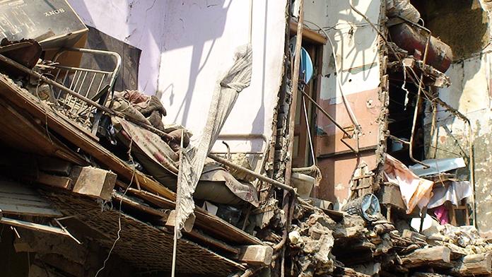 Çöken binanın altında kalan 3 asker şehit oldu!